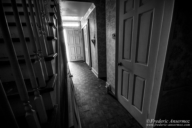 abandoned-mansion-qc-15