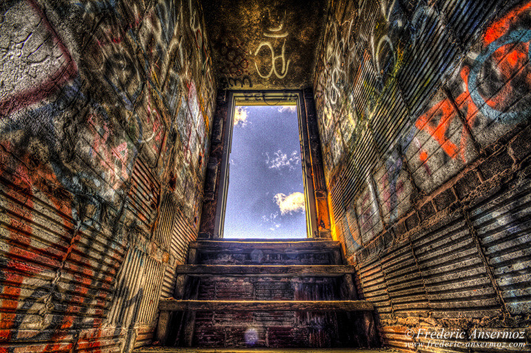 Urban Photography – Abandoned Building Montreal | Ansermoz