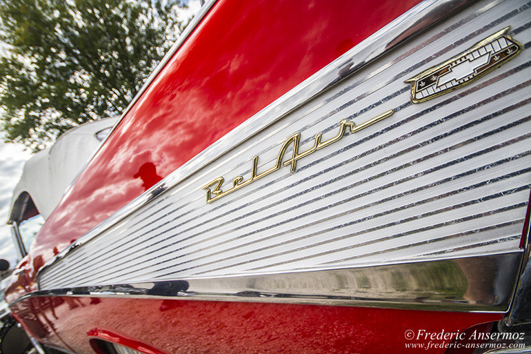 21-vintage-car-red