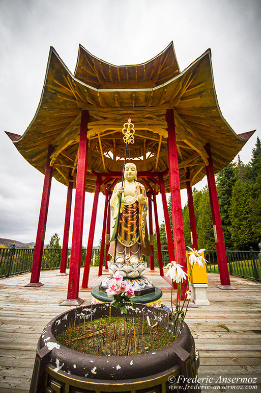buddhist-temple-23