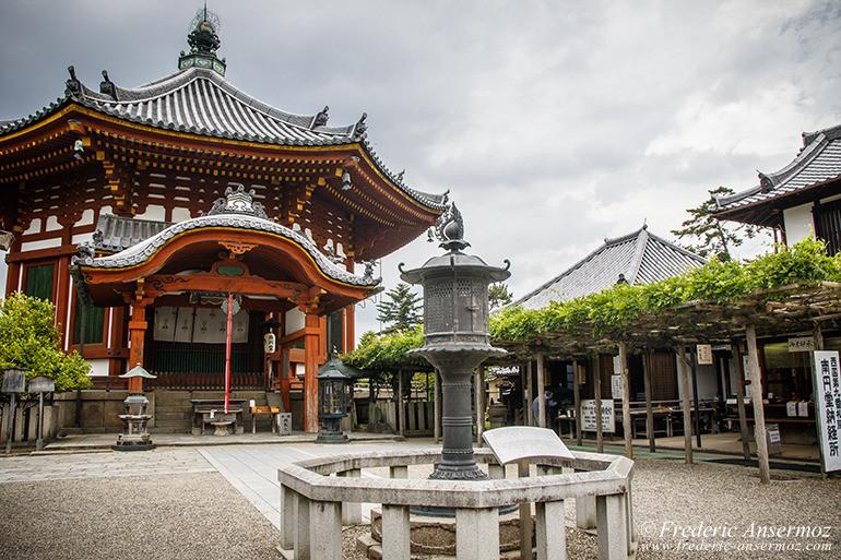 nara-japan-temple-01