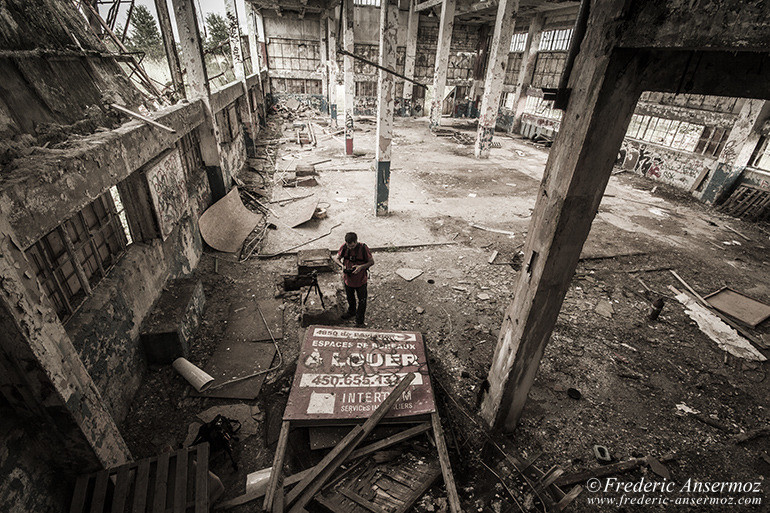 abandoned-factory-quebec-11