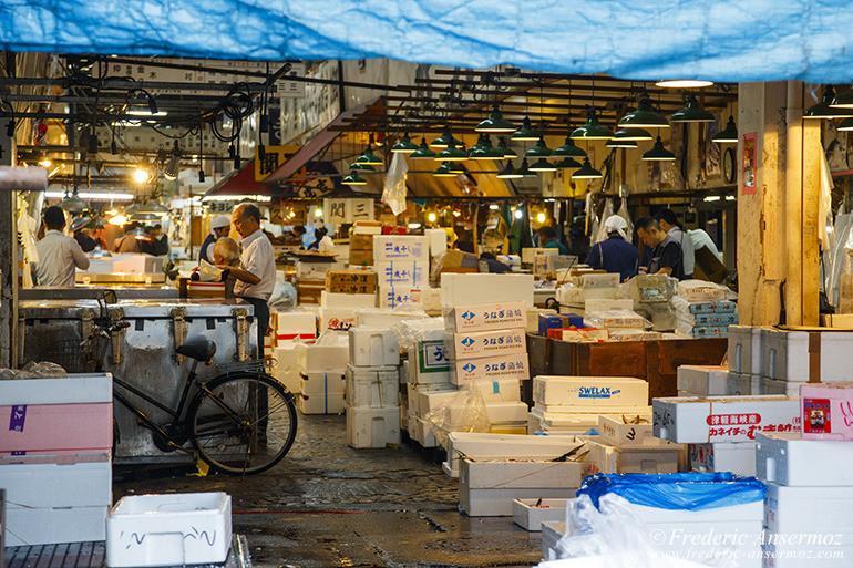 tokyo-fish-market-02