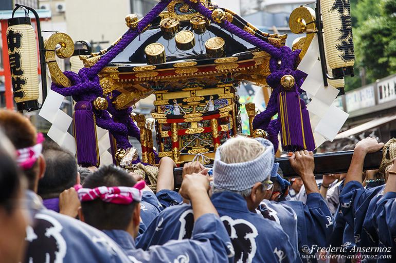 sanja-matsuri-mikoshi-10