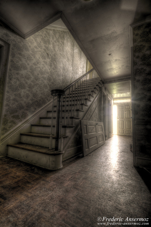 haunted-house-hdr
