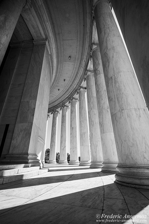 washington-dc-jefferson-memorial-columns
