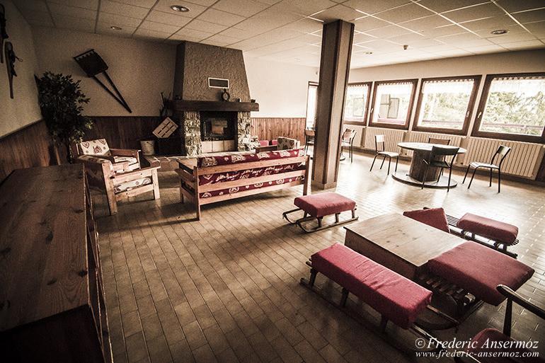 Abandoned hotel 03