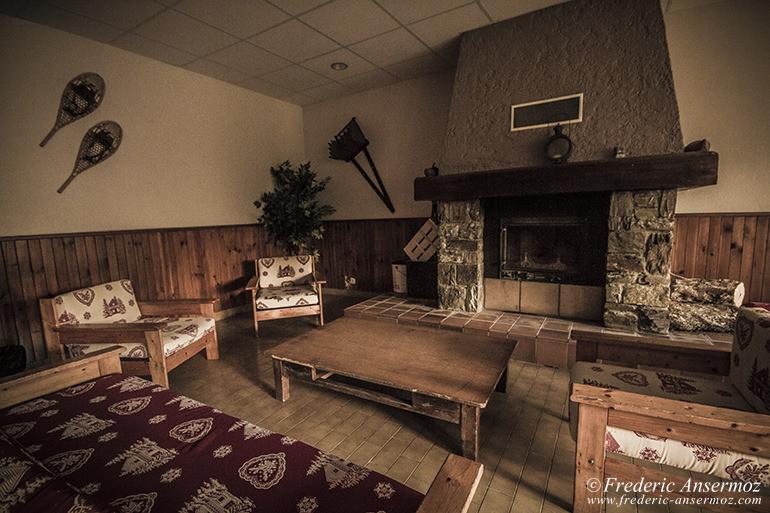 Abandoned hotel 04