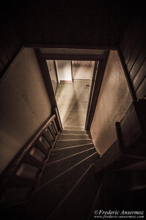 Abandoned hotel 10