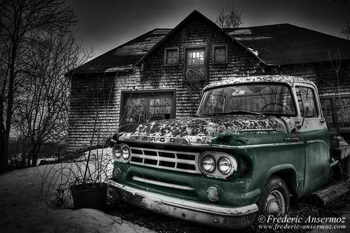 Abandoned fargo truck 009