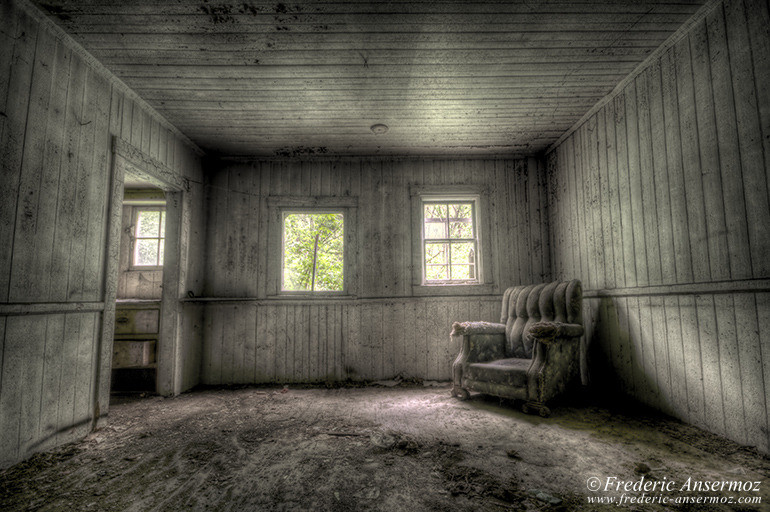 Abandoned house quebec 16 hdr