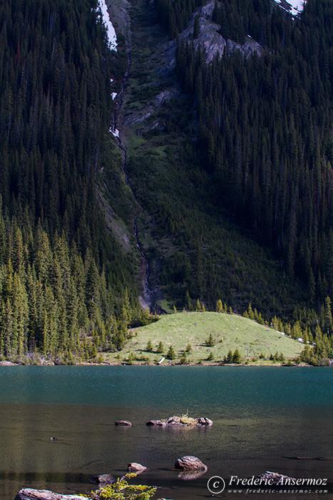 15 mountain slope lake
