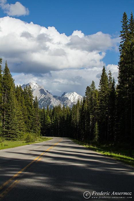 07 alberta road to mountains