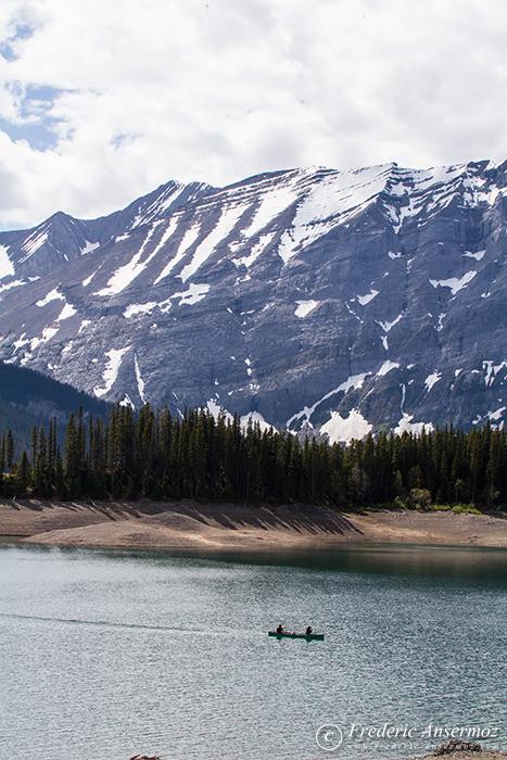 23 canoe lower lake kananaskis