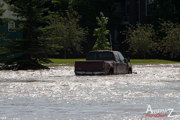 Calgary flood 129