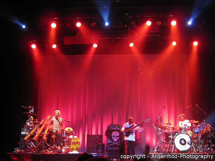Xavier Rudd stage at Metropolis concert in Montreal
