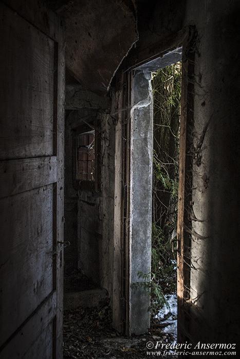 Abandoned farm 07