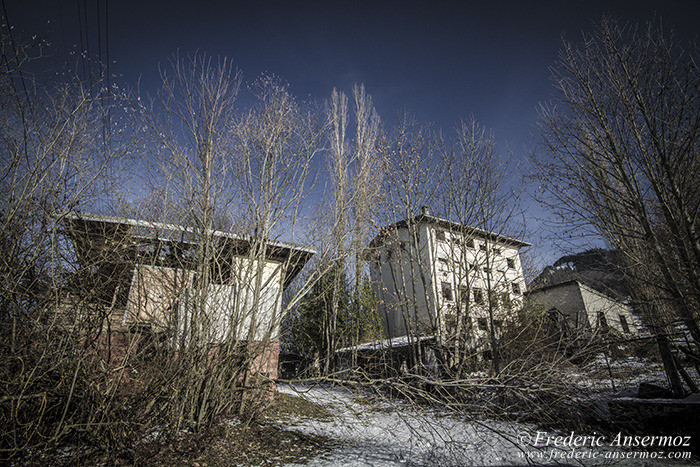 Abandoned farm 09