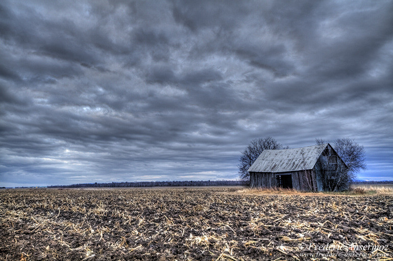 Abandoned barn hdr