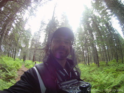 Frederic Ansermoz Photography, wearing flynet during hike