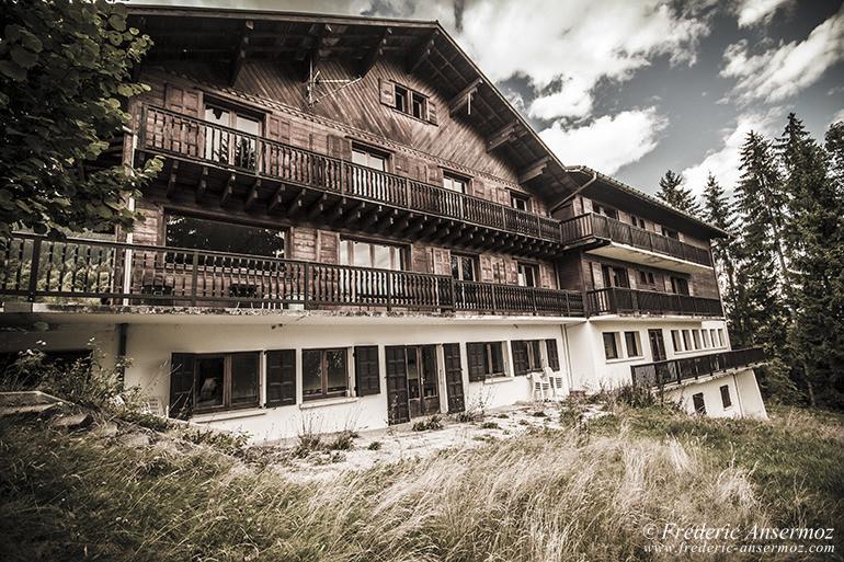 Hotel abandonne 05