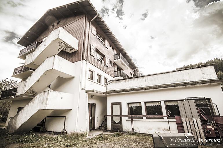 Hotel abandonne 09