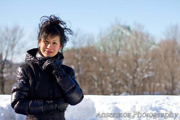 Minna e shin artist portrait in Montreal