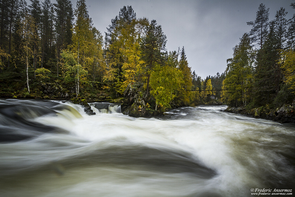 Myllykoski's bridge, rapids on River Kitkajoki, Oulanka
