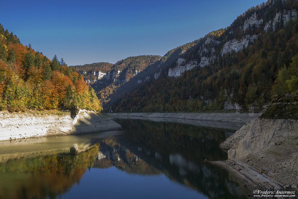 Lac de Moron, Doubs, Suisse