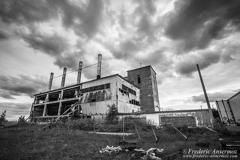 Abandoned factory quebec 25