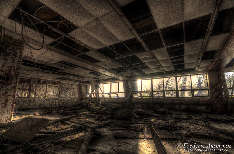 Abandoned office hdr