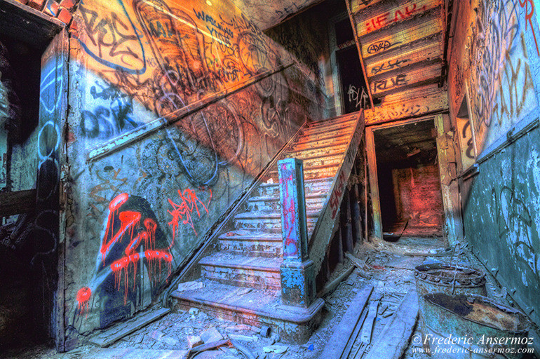 stairs-hdr