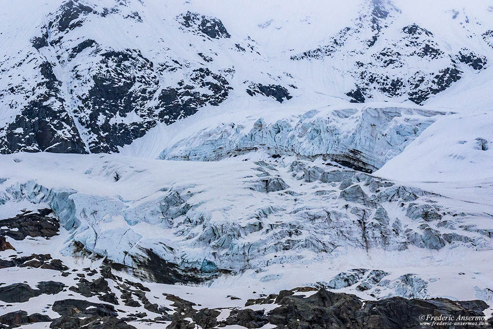 Icefield and snow-capped mountains in Gran Paradisio Park