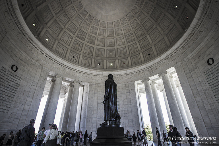 Washington dc jefferson memorial statue 2