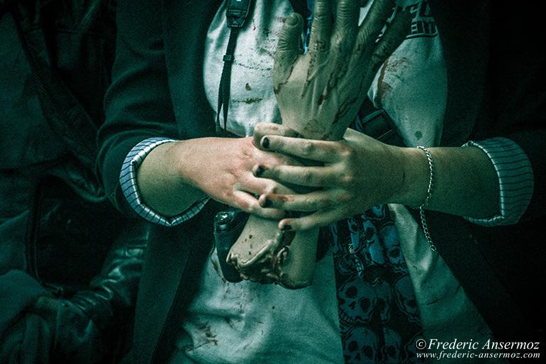 Zombie walk montreal 01
