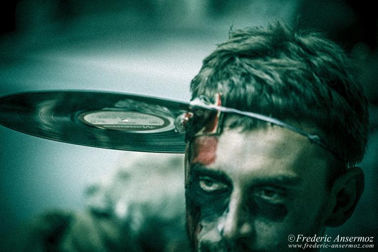 Zombie walk montreal 05
