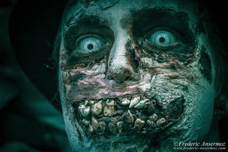 Zombie walk montreal 17